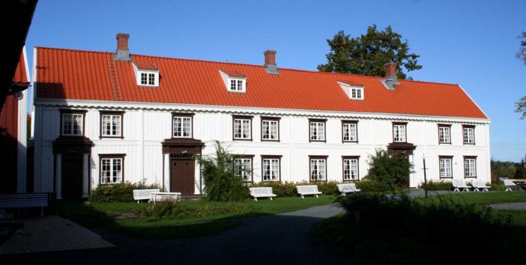 Møtet vil være på Brusve gård. Foto: Bymuseet i Levanger